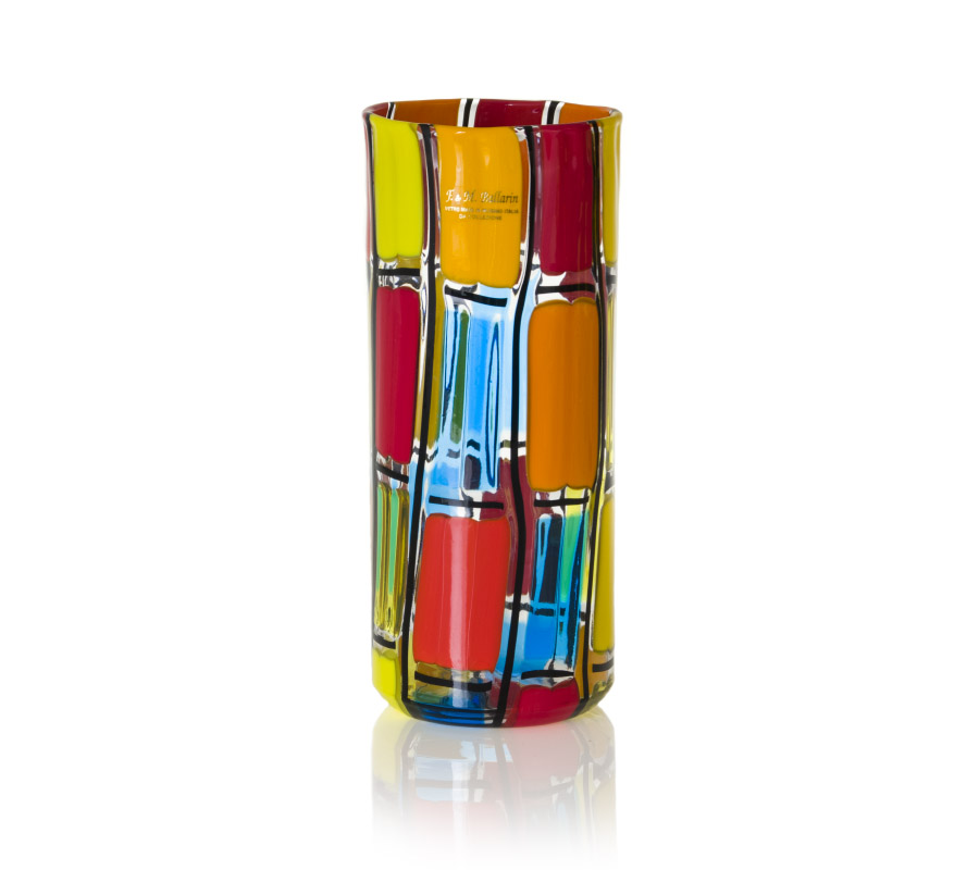 a cylindric glass vase quadri style murano